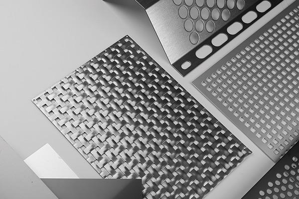 アルミ樹脂複合板①