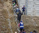 「簡易設置式くさり階段『逃げるんだ・登るんだ』」の特長画像_03